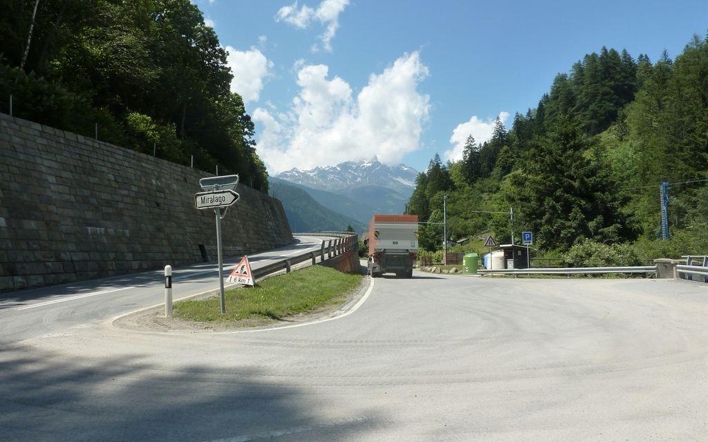 Correzione stradale a Miralago