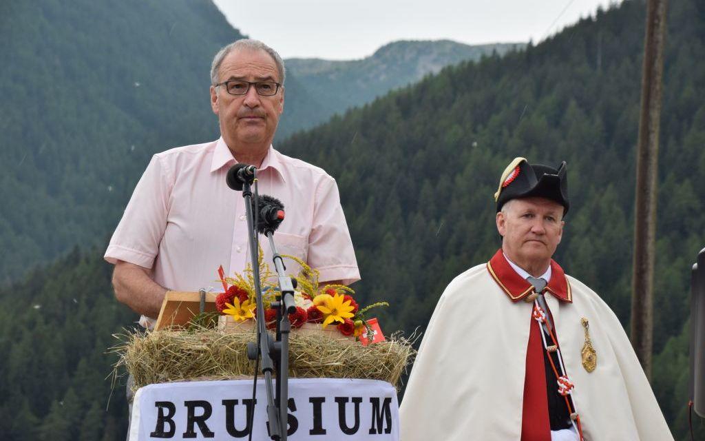 Il presidente Guy Parmelin in Val Monastero