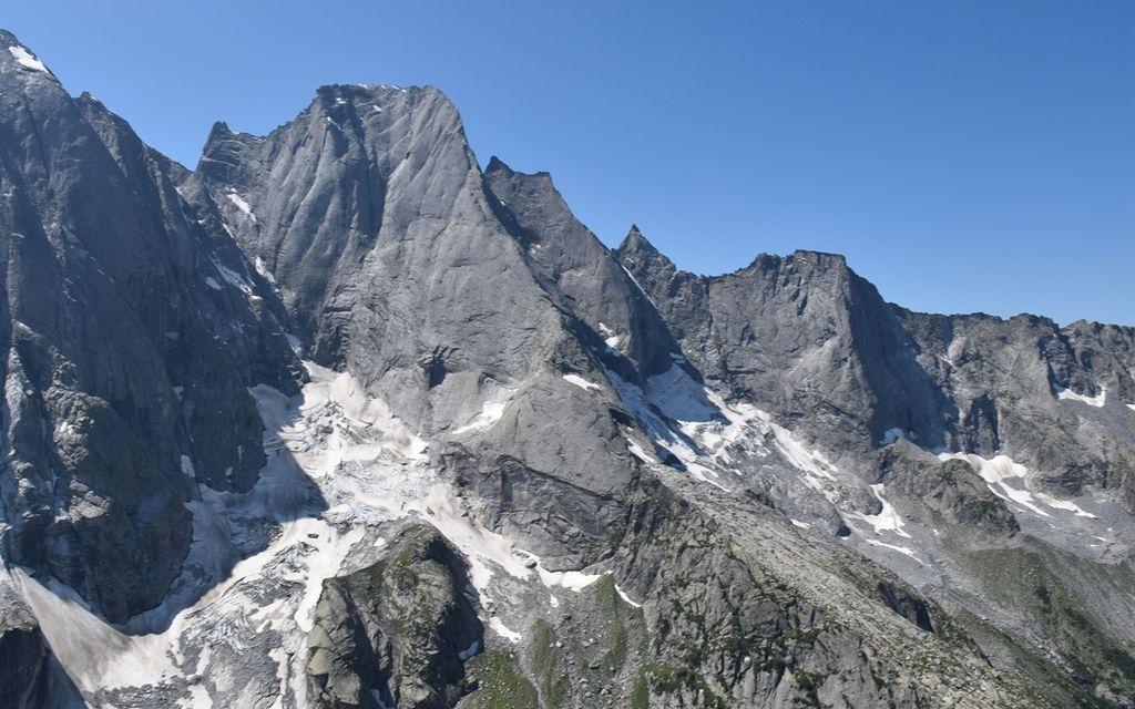 Due alpinisti feriti sul Pizzo Badile