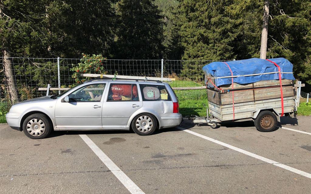 Tolta dalla circolazione auto con rimorchio