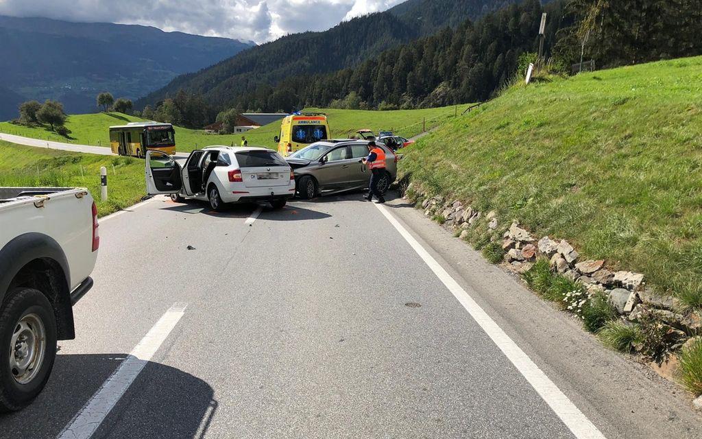 Due feriti dopo uno scontro frontale ad Alvaneu