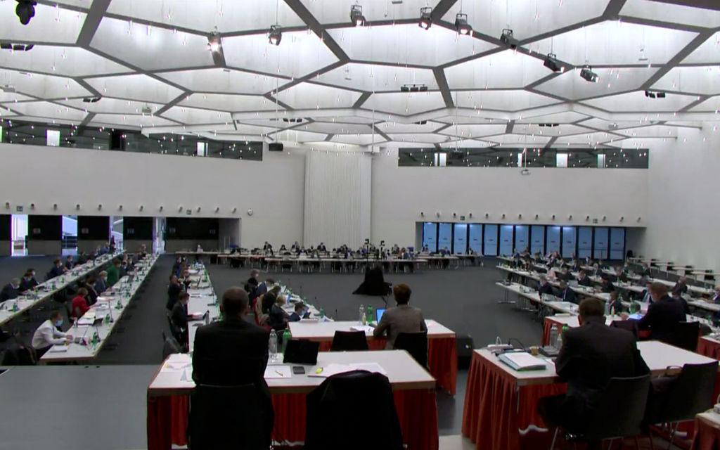 Parlamento retico vuole imposizione individuale
