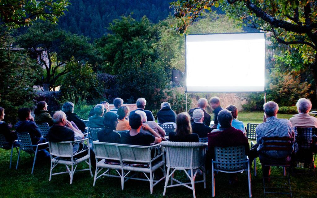 I Film di Devon House: si comincia