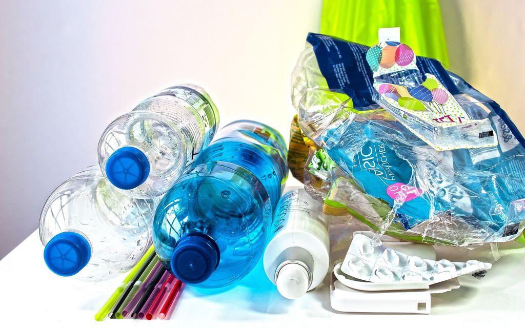Raccolta sacchi per le materie plastiche