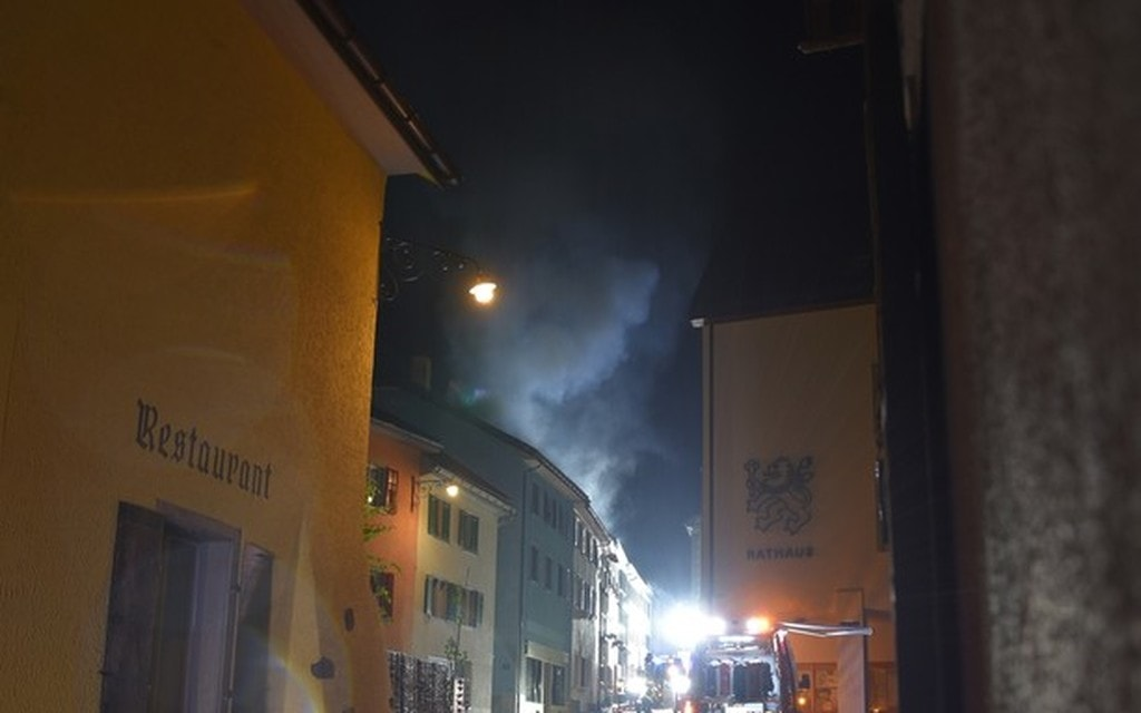 Incendio in soffitta: 15 evacuati