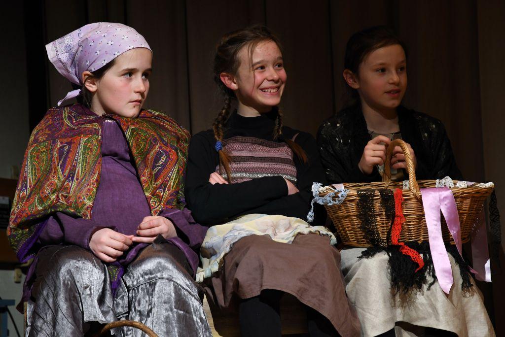Lusmore Teatro 251f8